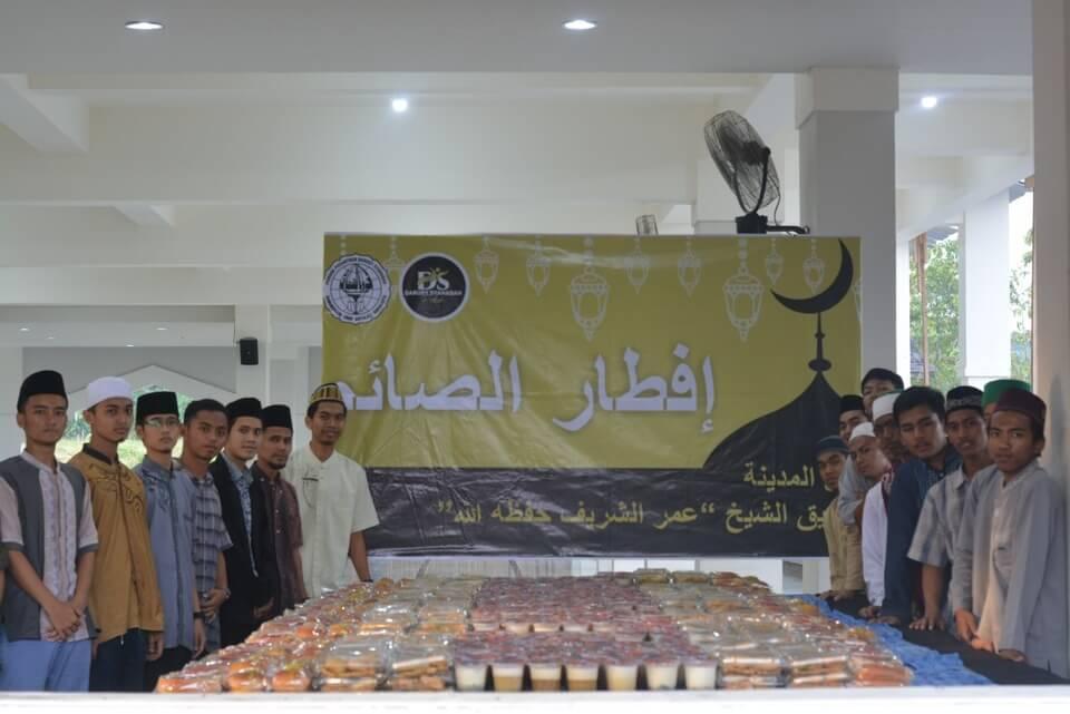 Kegiatan Buka Bersama di Masjid Baitul Makmur